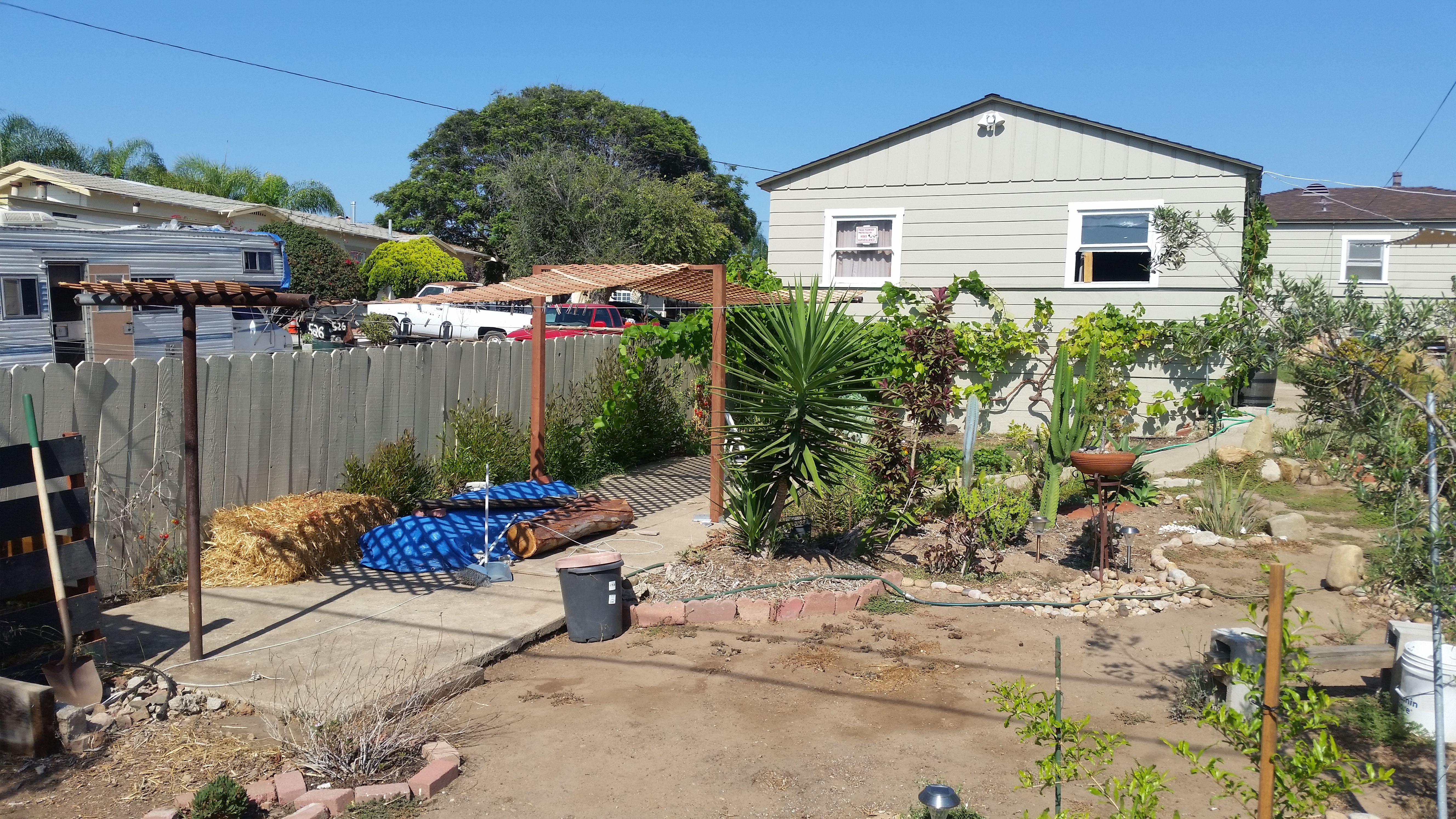 repurposing an unused clothesline the 50 instant patio mind