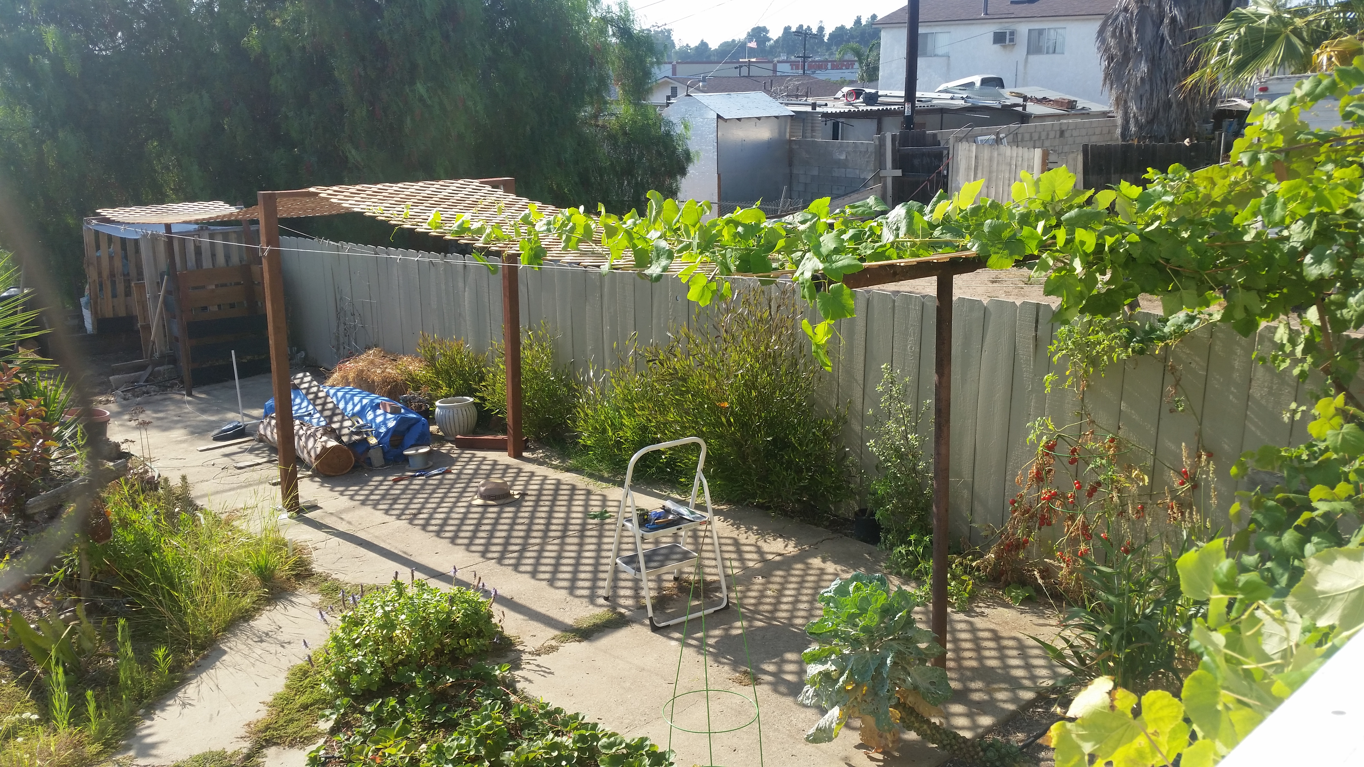 repurposing an unused clothesline the 50 instant patio mind