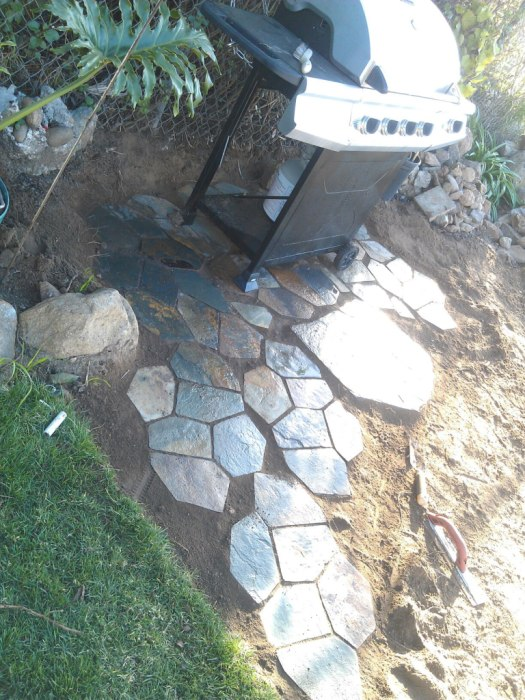 Flagstone Patio 06